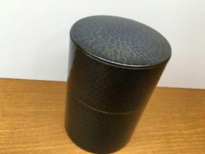 鎚起銅器の茶筒