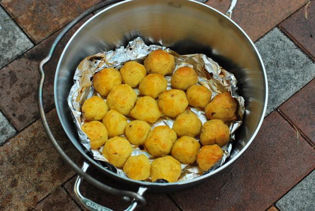 sotoのステンレスダッチオーブンで作るスイートポテト