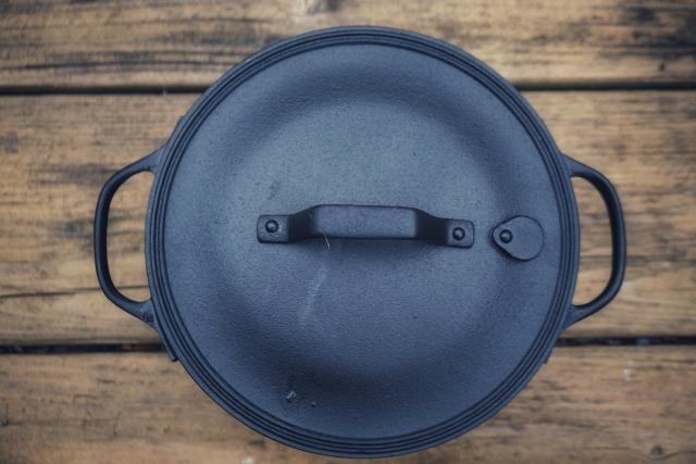 ダッチオーブンの温度!チャコールブリケットなら管理しやすい